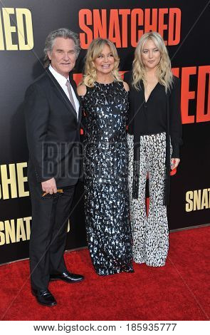 Kate Hudson, Goldie Hawn and Kurt Russell at the Los Angeles premiere of 'Snatched' held at the Regency Village Theatre in Westwood, USA on May 10, 2017.