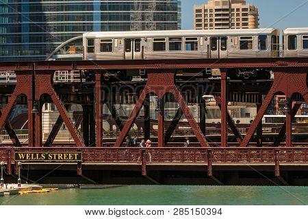 Train In Downtown Chicago Chicago, Train, Street, Outdoors, Usa, Travel, Subway Train, Commuter, Rai