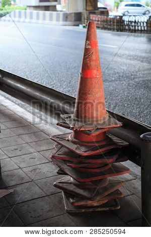 Traffic Cones (pylons, Witches' Hats, Road Cones, Highway Cone, Safety Cones, Channelizing Devices,