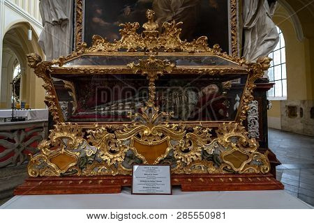 Kutna Hora, Czech Republic - October 26, 2018: Interior Of Church Of The Assumption Of Our Lady And