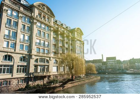 Luxury Esca Condominium Apartment Building Built By Architect Adolphe Wolff In 1934 On The Ill River