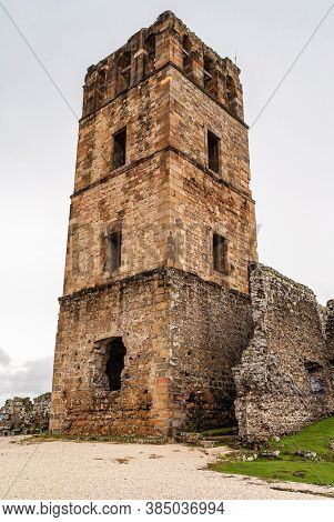 Panama City, Panama - November 30, 2008: Brown Stone Tower Of Ancient Cathedral In Ruins At Park Of
