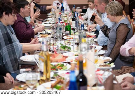 Belarus, The City Of Gomil, December 22, 2018. Public Dining Room. Russian Feast.belarus, The City O