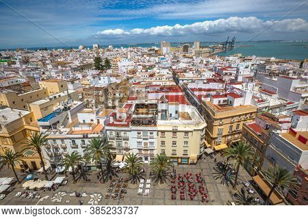 Cadiz, Andalusia, Spain - April 21, 2016: Aerial View Of Cadiz Square On A Sunny Day By The Cathedra