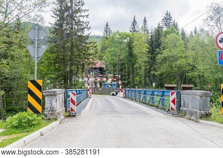 Lysa Polana, Poland - June 14, 2020: View On Border Bridge Between Poland And Slovakia.