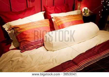 Bed Down With Bedlinen