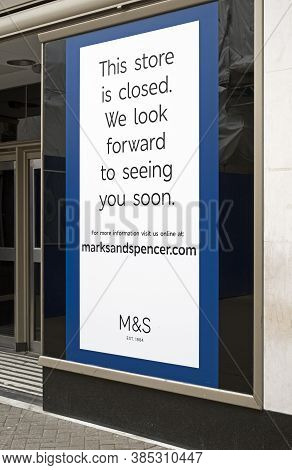 Weston-super-mare, Uk - May 6, 2019: A Poster Announcing The Closure Of Marks And Spencer's Shop On