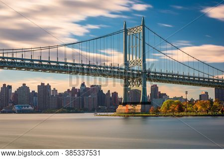Robert F. Kennedy Bridge in New York City spanning the East River from Randalls Island to Queens.