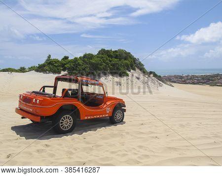Extremoz, Rn / Brazil - 2019-01-09: Genipabu Dunes, Tourist Destination In Natal, Northeastern Brazi