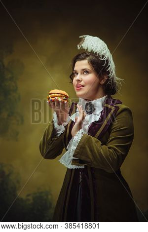 Tasty Fast Food. Modern Trendy Look, Portrait Of Renaissance Period Beautiful Woman. Retro Style, Co