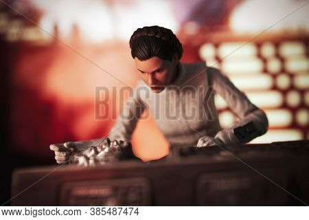 SEPTEMBER 13 2020: Scene from Star Wars The Empire Strikes Back - Han Solo frozen in carbonite and Leia looking concerned - Hasbro action figures