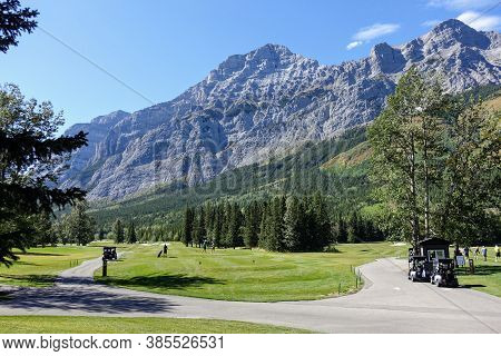 Kananaskis, Alberta, Canada - September 12th, 2020: A Whole View Of A Spectacular Par 4 With People