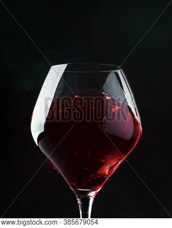 Red Wine, Splash In A Glass, Dry Cabernet Sauvignon, Dark Background, Defocused In Motion Image, Sha