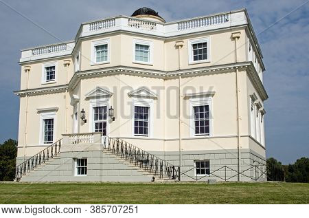 Exterior Facade Of The Historic King's Observatory In The Middle Of Old Deer Park In Richmond Upon T