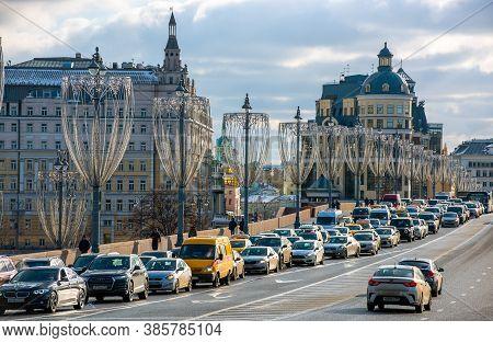 February 5, 2020 Moscow, Russia, Traffic Jam On The Bolshoy Moskvoretsky Bridge In Moscow.