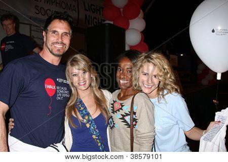 LOS ANGELES - OCT 6:  Don Diamont, Kim Matula, Kristolyn Lloyd, Linsey Godfrey attend the Light The Night Walk at Sunset Gower Studios on October 6, 2012 in Los Angeles, CA