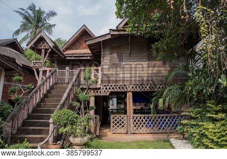 Lanna Thai Style, House With Beautiful Ruen Galae Style Northern Thai Architecture And Authentic Fea