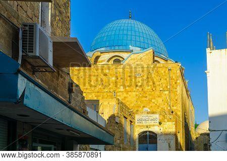 Acre, Israel - September 14, 2020: View Of The Zawayat El-shadlia, Muslim Religious Site, In The Old