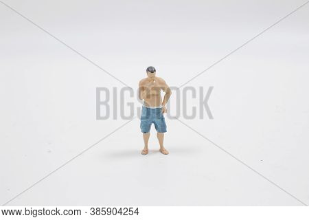 The Figure Of Sexy Smoking Fat Guy