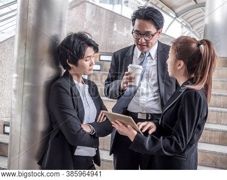 Group Of Business People During Small Talk, Company Life, Office Life