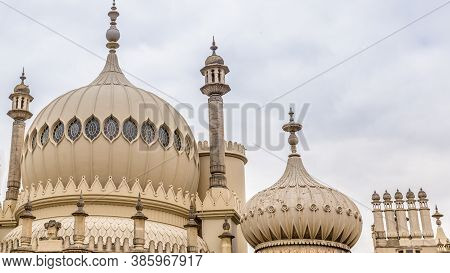 Royal Pavilion In Brighton In East Sussex In The Uk. The Royal Pavilion Is An Exotic Palace In The C