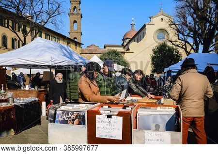 Florence, Italy - February 11, 2018: Traditional Flea Market In Santo Spirito Square In Florence, It