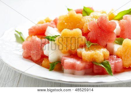 Karpuz ve kavun meyve salatası