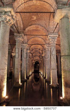 Yerebatan Saray Cistern