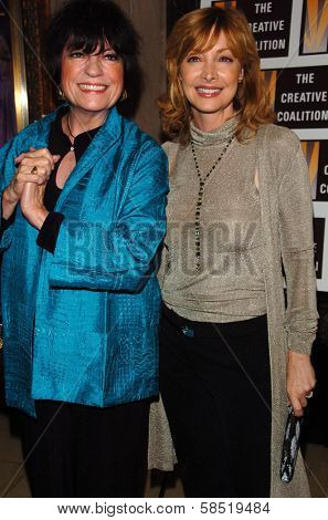 HOLLYWOOD - AUGUST 15: Jo Anne Worley and Sharon Lawrence at the Los Angeles Premiere of Dirty Rotten Scoundrels on August 15, 2006 at Pantages Theatre in Hollywood, CA.