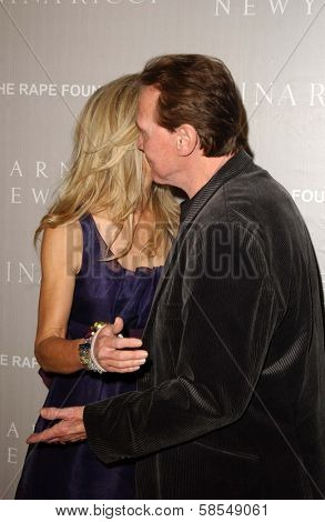 BEVERLY HILLS - APRIL 26: Heather Thomas, Lee Majors at the Nina Ricci Fashion Show and Gala Dinner to Benefit The Rape Foundation at Barneys New York on April 26, 2006 in Beverly Hills, CA.