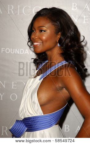 BEVERLY HILLS - APRIL 26: Gabrielle Union at the Nina Ricci Fashion Show and Gala Dinner to Benefit The Rape Foundation at Barneys New York on April 26, 2006 in Beverly Hills, CA.
