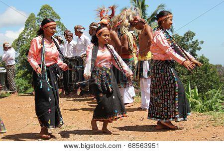 Women Dancers of Cecer Village