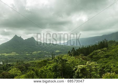 Olomana And Koolau Mountains