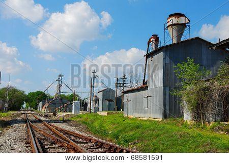 Train tracks Elgin, TX