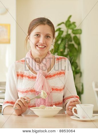 Girl  Having Lunch