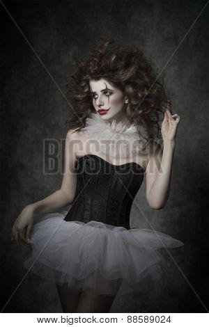 Crazy Dancer Clown Female