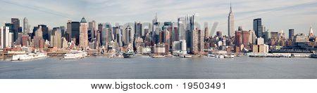 Large Panorama of Mid-Town Manhattan & Hudson River.