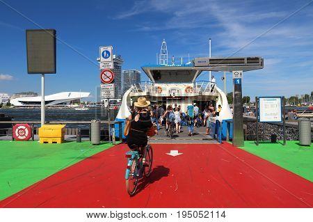 Amsterdam Ij Ferry