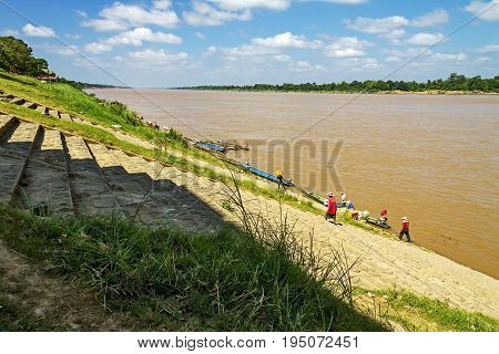 Mekong Rive people at Khemarat DistrictUbon Ratchathani Province Thailand