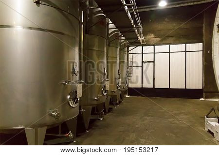 Iron steel tanks large capacity for brewing beer
