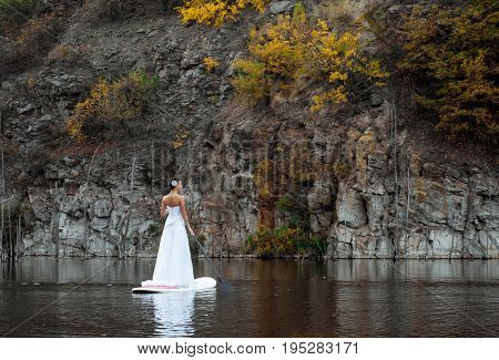 Sup Girl Bride Stand Up Paddleboard 11
