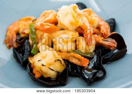 Chinese cuisine shrimp and Black Fungus