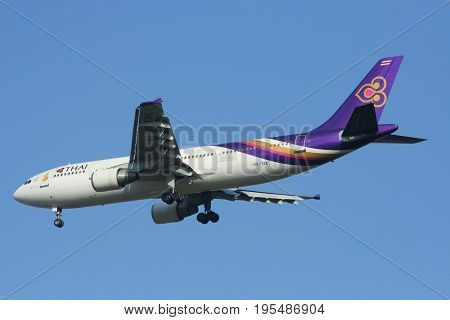 Hs-tak Airbus A300-600 Of Thai Airway