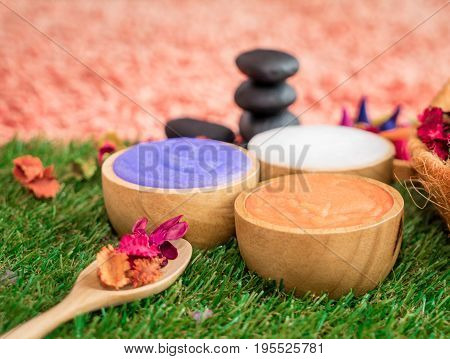 Three color salt Spa soup scrub with flower
