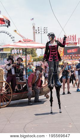 Dragon Knights Steampunk Stilt Walkers