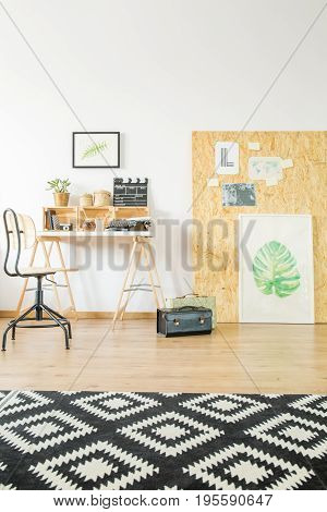Ucycled Studio Flat With Workspace