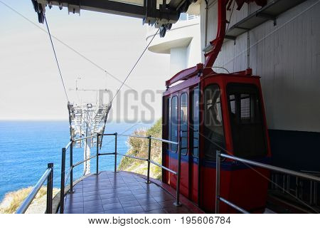 Rosh hanikra suspended rope on the border of Israel and Lebanon