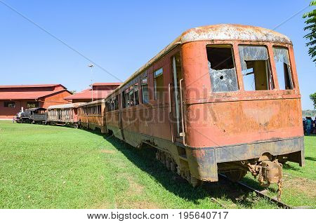 Old Trains That Are Tourist Attractions On Estrada De Ferro Madeira-mamore