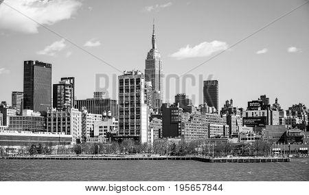 Skyline of Midtown Manhattan with Empire State Building- MANHATTAN - NEW YORK