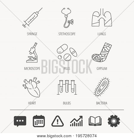 Broken foot, lungs and syringe icons. Stethoscope, pills and microscope linear signs. Bacteria, heart and lab bulbs flat line icons. Education book, Graph chart and Chat signs. Vector